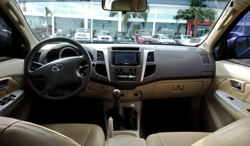 TOYOTA HILUX SW4 completo
